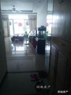 (惠城)雍逸园3室2厅2卫136m²精装